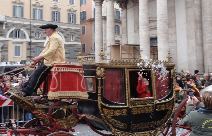 Carnevale romano 2012 coriandoli da carrozza